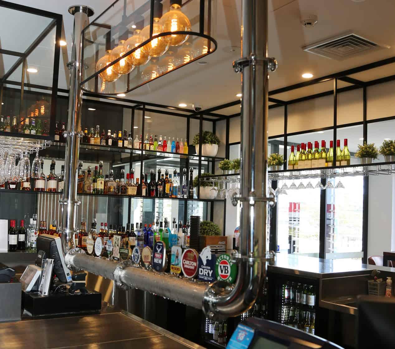 Overlander-Bar